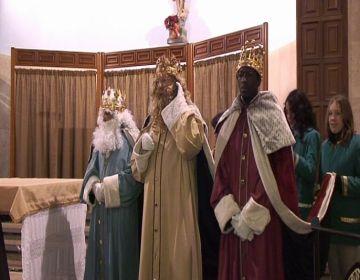 Valldoreix rep els Reis amb un miler de persones al carrer