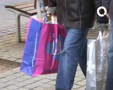 El pessimisme s'estén entre els comerciants que preveuen una de les campanyes de Nadal més fluixes