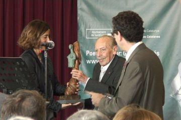 Un emotiu homenatge a Vergés arrenca l'11è Festival de Poesia