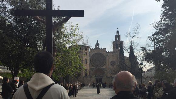 El Via Crucis recorre aquest Divendres Sant els carrers de Sant Cugat