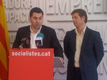Ferran Villaseñor, a l'esquerra, durant la roda de premsa