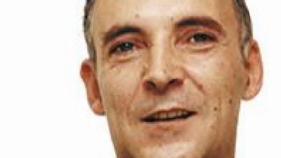 'Vint i Ramon Barnils' és el títol del llibre sobre la vida del periodista santcugatenc