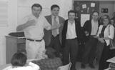 L'alcalde Lluís Recoder en un moment de la seva visita al Ferran i Clua