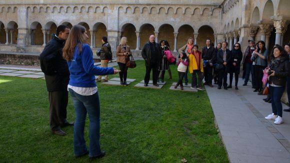 Arrenquen les visites al Monestir guiades per persones amb Asperger