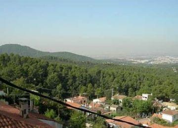 L'Ajuntament ampliarà els accessos de la Colònia Montserrat com a precaució de cara als incendis