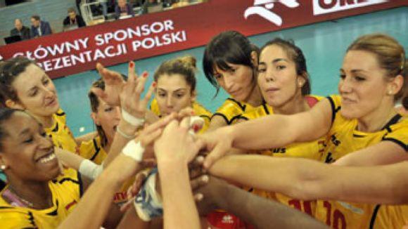 La selecció espanyola de volei femení prepara el Preeuropeu al CAR