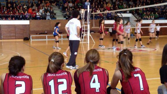 El cadet A del Voleibol Sant Cugat s'endú el torneig de Getxo davant l'amfitrió
