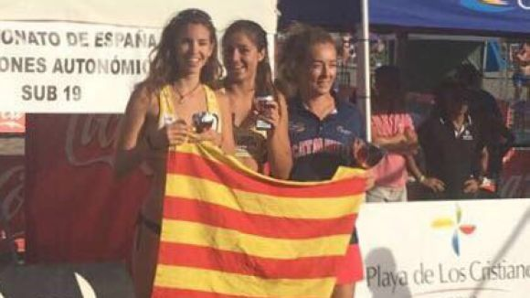 Sara Bisbe i Andrea Bové han finalitzat en tercera plaça a l'Estatal sub 19 / Font: Volei Català