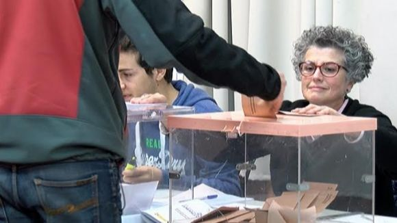 Imatge d'arxiu d'una jornada electoral