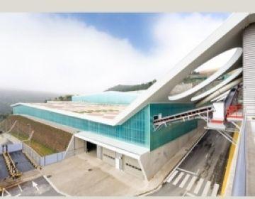 El professor de l'ETSAV Enric Batlle rep un guardó del World Architecture Festival