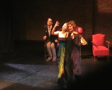 Color Dansa mostra els sentiments extrems davant una cinquantena de persones