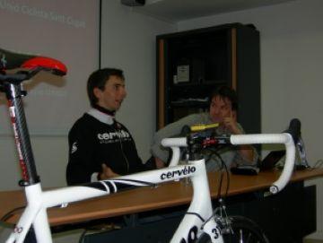 La Unió Ciclista Sant Cugat present en l'homenatge a Xavi Tondo