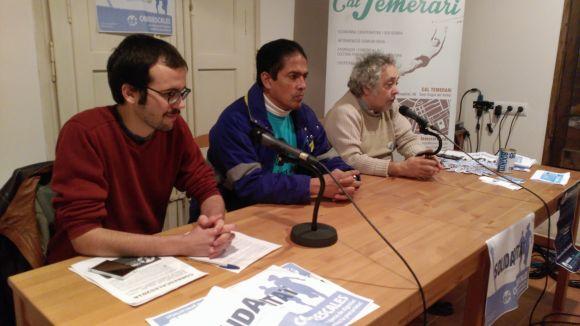 Tècnics de Telefónica expliquen la seva lluita laboral a Cal Temerari