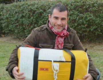 Yesorknot ven articles fets amb veles de vaixells de la Barcelona Word Race