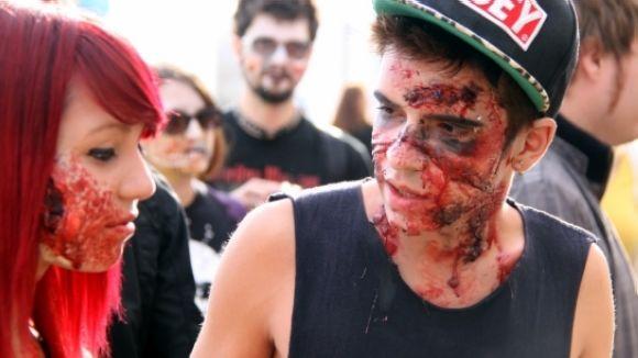 Els zombis prendran la DesPlaça Jove aquesta nit